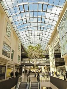1386459_shopping_mall.jpg