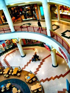 301143_shopping_centre_2.jpg