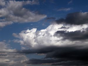 872361_clouds_in_contrast.jpg