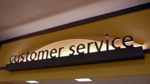 Customer Service_827556_sign.jpg