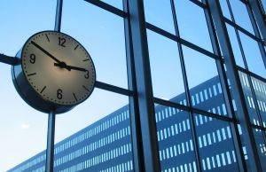 time-to-do-business-924991-m.jpg
