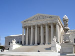 u-s--supreme-court-2-1038828-m.jpg