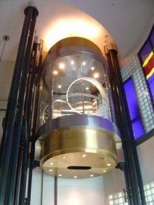 glass-elevator-1-1522751-225x300